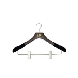 WOOD HANGERS WITH CLIPS